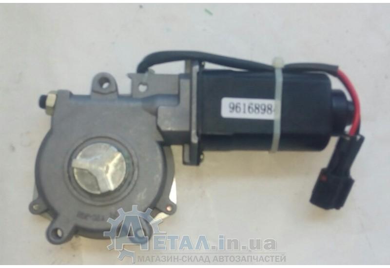 Мотор стеклоподъемника передний правый Нексия фото, купить